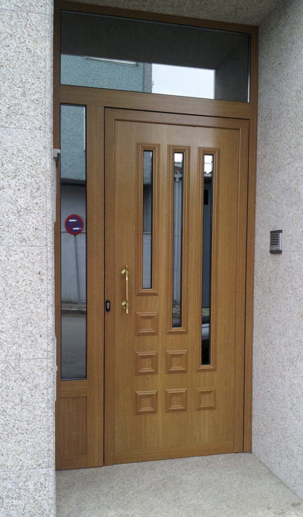 Puertas exteriores de pvc latest paneles para exteriores - Puertas de exteriores ...