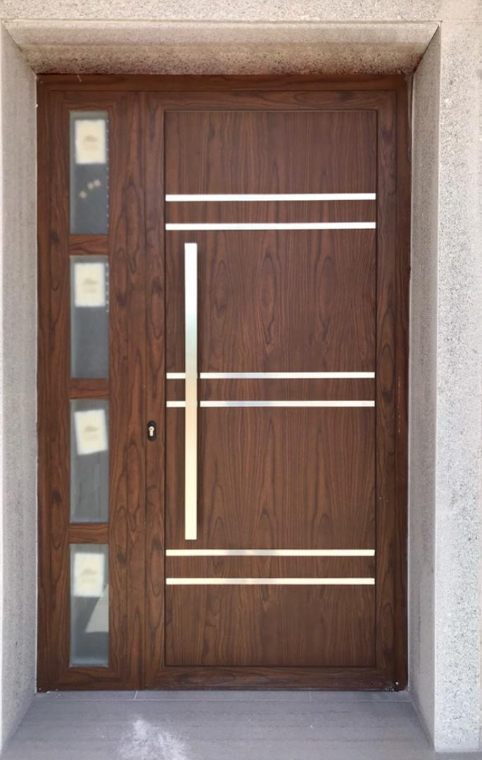 Puerta madera acero