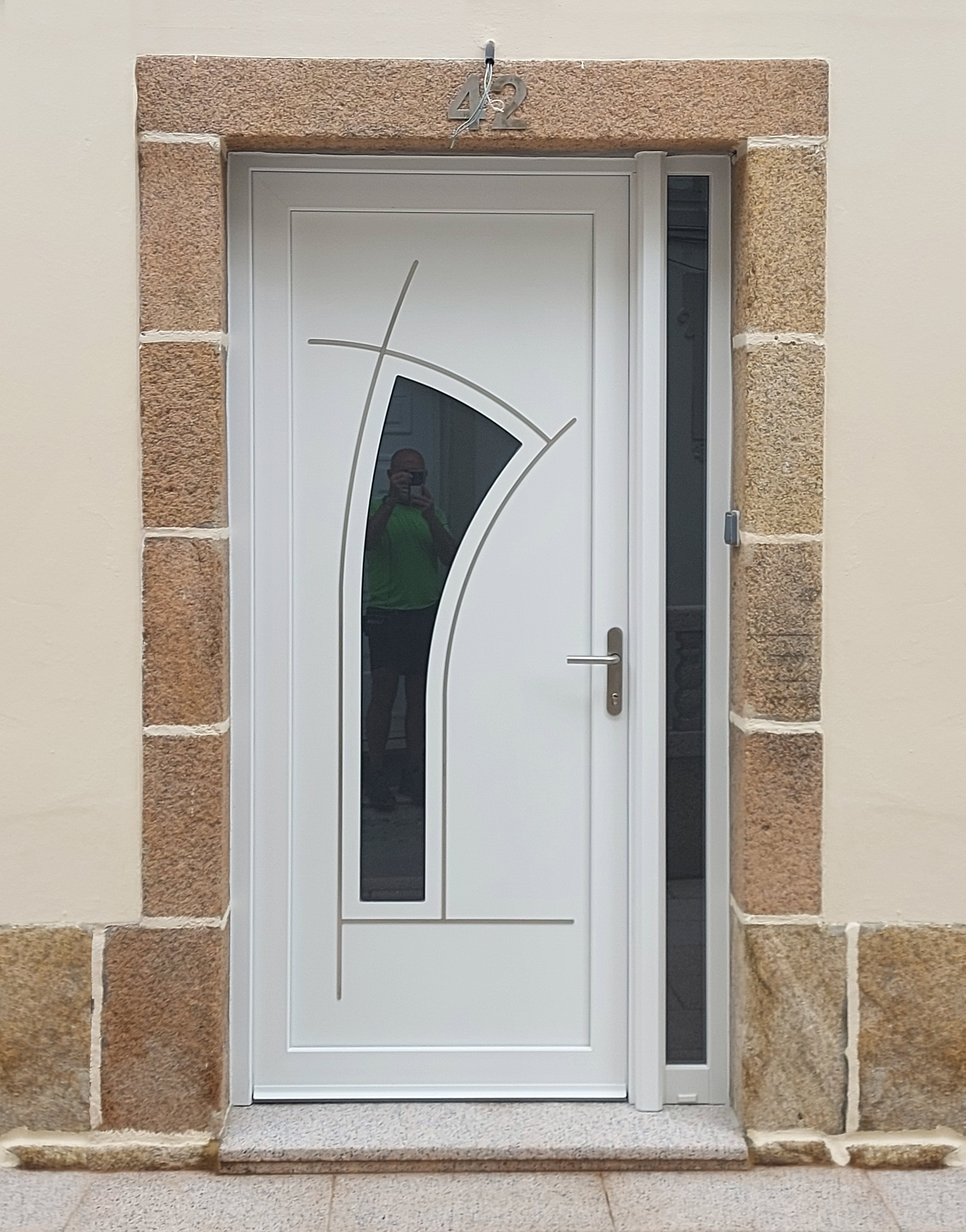 Puerta diseño acero